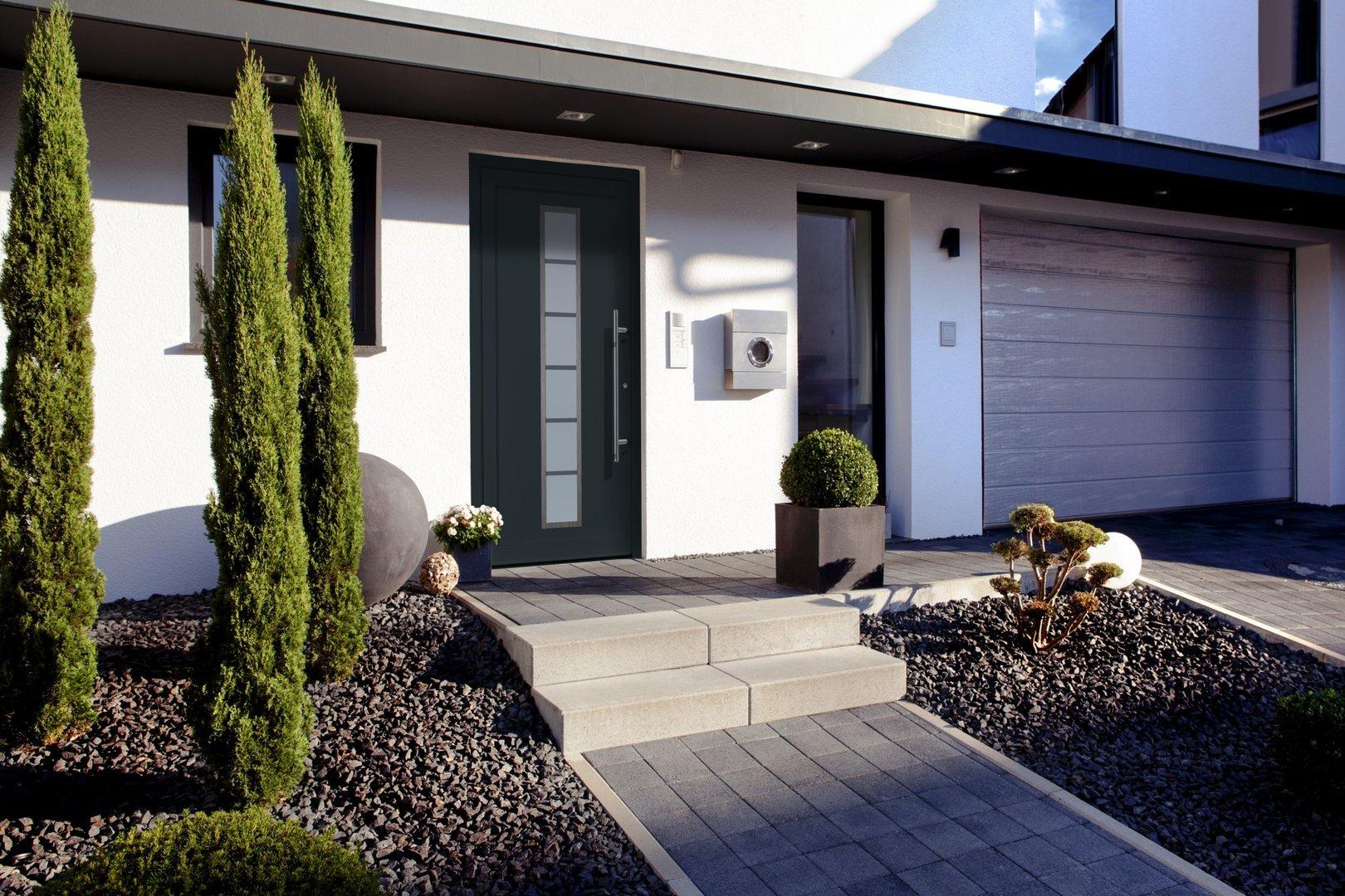 zweifarbig f r aluminium haust re einbruchhemmend. Black Bedroom Furniture Sets. Home Design Ideas