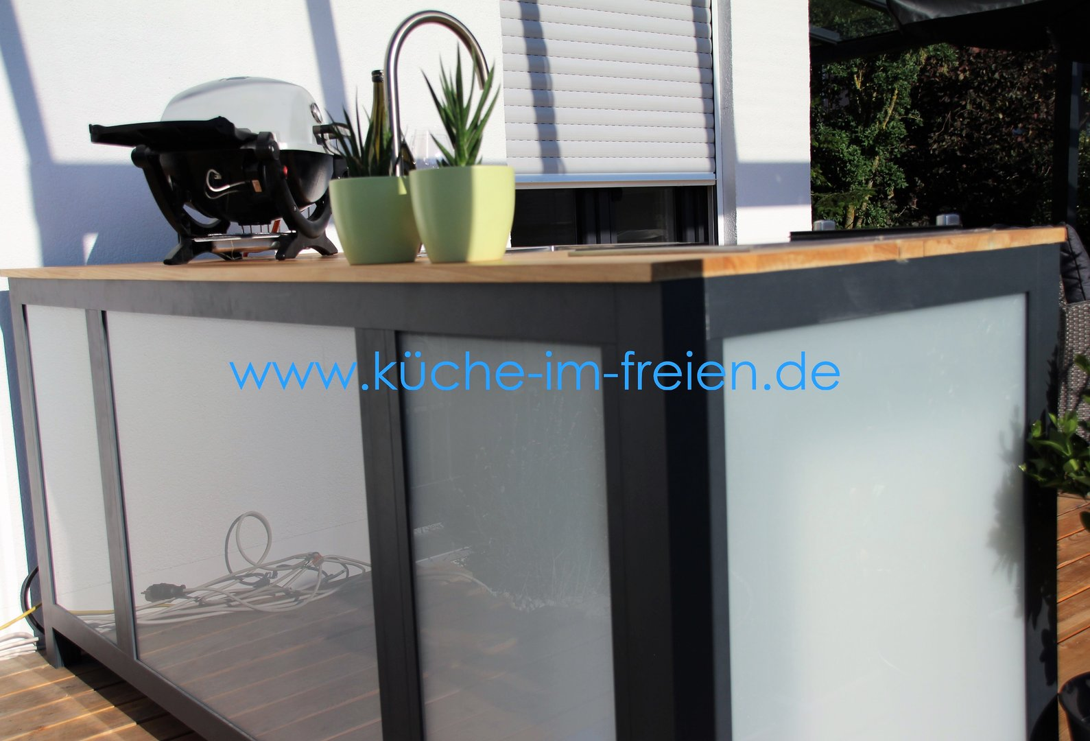 outdoor k che typ mario die k che im freien. Black Bedroom Furniture Sets. Home Design Ideas